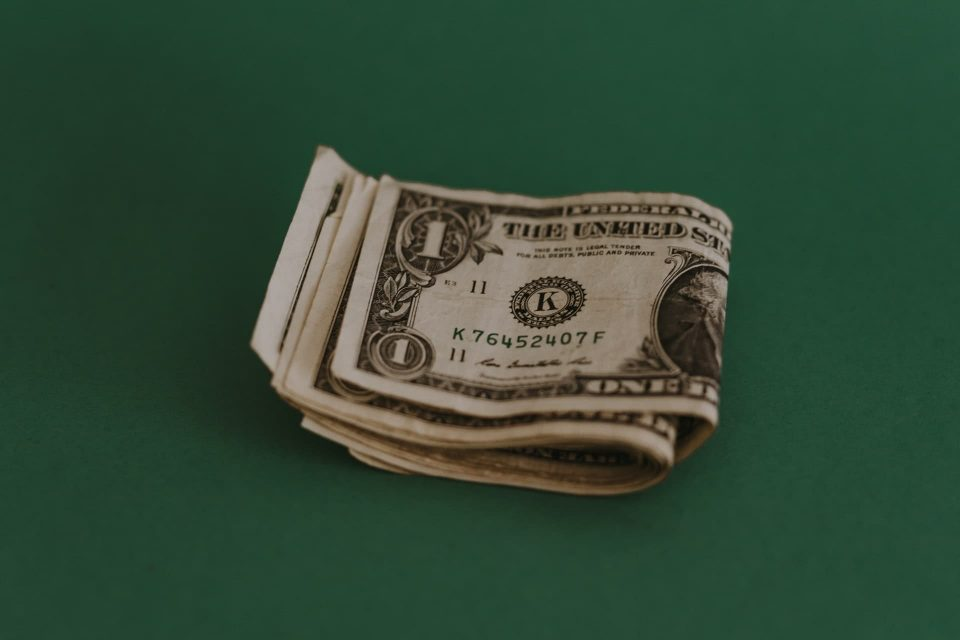 Why Are You Struggling To Pay Back Your Cash Loan?