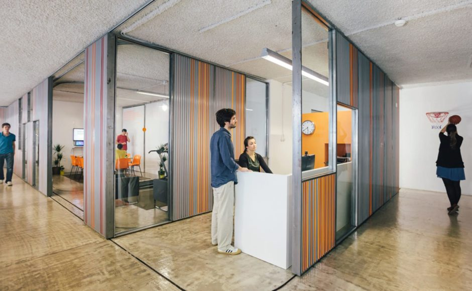 How Corporate Units Are Getting Benefited By Glass Partitions?