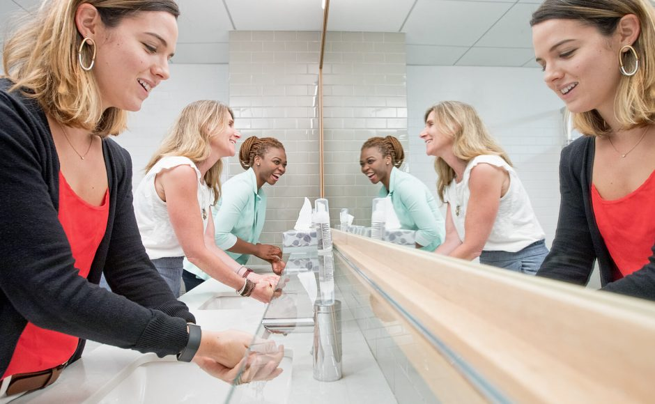 Why Washroom Services Are Essential In Public Restrooms